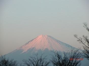 夕日が富士山に.jpg